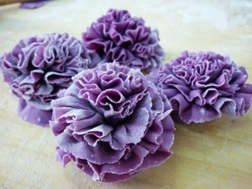 康乃馨皱纹纸花朵做法图解