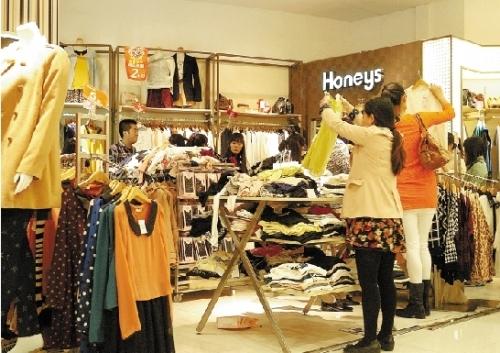 万象城,解百 元华商厦,国大商场和衣之家百货等多家商场负责人均告诉