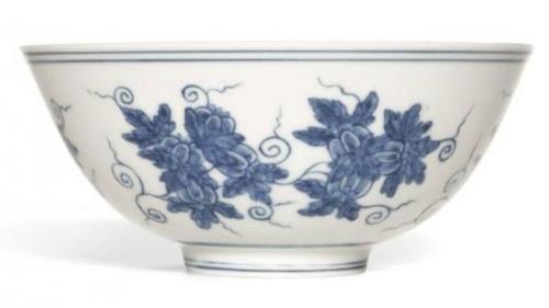 古玩商急于脱手,使得中国明清瓷器的价格大跌-英国农民挚爱中国瓷