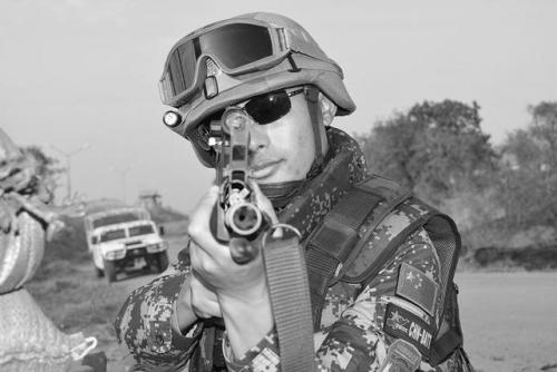 中国维和人员在南苏丹遭袭2死5伤 军士长身亡