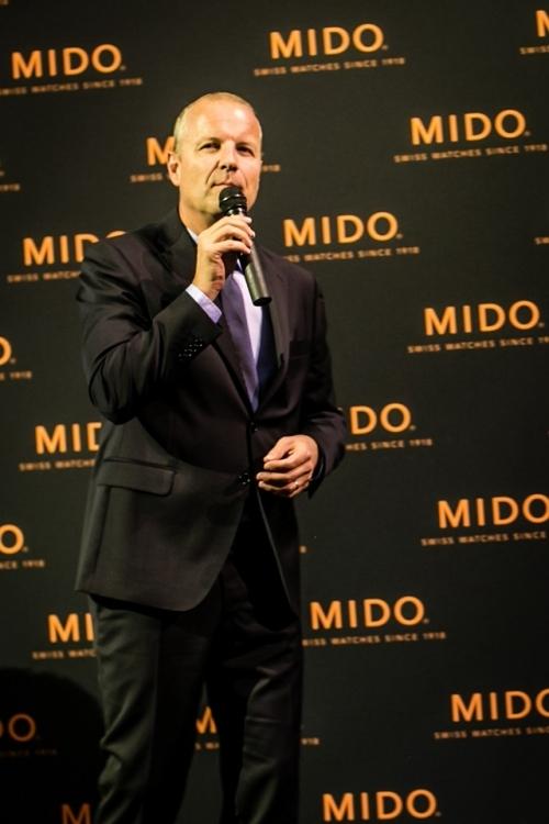 """瑞士美度表全球总裁mr. franz linder先生为""""灵感源于建筑"""" 限量款腕表上市盛典致辞,图片来源MIDO。"""