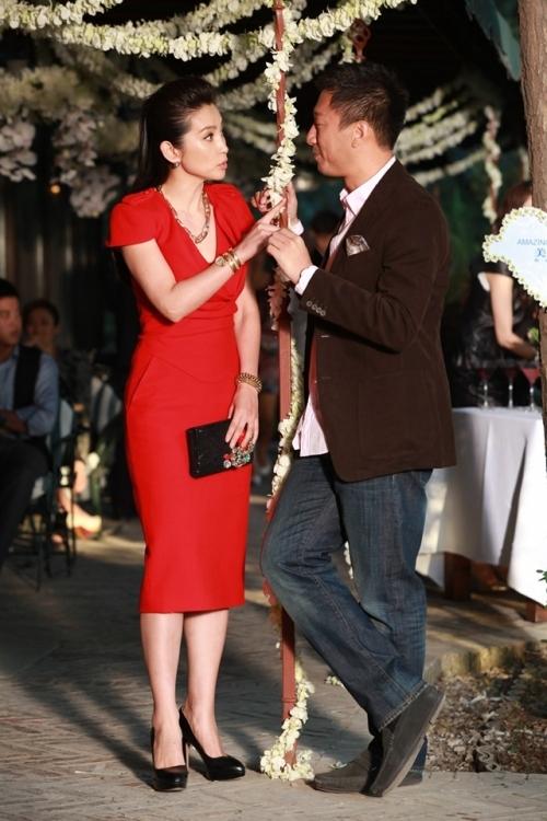 李冰冰在电影《我愿意》中佩戴Serpenti Tubogas腕表,图片来源时光网。