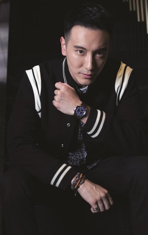 王阳明手上这款积家北宸系列自动腕表,售价5w2千5,图片来源于积家。