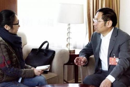 △政知君采访全国人大代表、大庆市市长石嘉兴