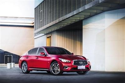 目前,英菲尼迪在华仅有两款国产车型Q50L(上图)和QX50。其中,国产Q50L仅提供2.0T一种动力选择。