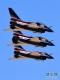 4月15日,在第三个全民国家安全教育日开放训练中,空军八一飞行表演队歼-10三机密集编队飞行。新华社发(刘川 摄)