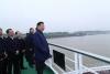 习近平总书记详细了解了长江干线航道治理、荆江大堤保护等情况,并听取了国家发展改革委、交通运输部、水利部和湖北省负责同志的汇报。