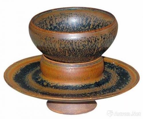 金代山西窑口黑釉鹧鸪斑托盏