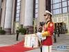 这是6月6日在欢迎仪式上拍摄的军鼓手。仪式增加了1名小号手和1名军鼓手。  新华社记者 李学仁 摄