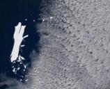 孤独漂浮18年!巨型冰山B-15正在迅速融化消失