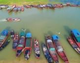 鄱阳湖第17个禁渔期即将结束 渔民整理渔具渔船等待开渔