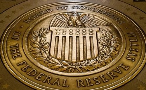 美国联邦公开市场委员会(FOMC)此前结束为期两天的政策会议,并发表无异议通过的政策声明。